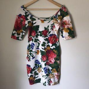 Vintage floral bodycon dress